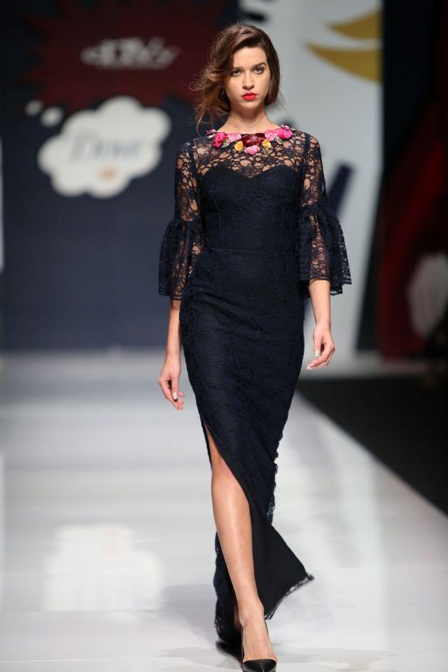 f568796e4677 Βραδινα Φορεματα από Δαντελα